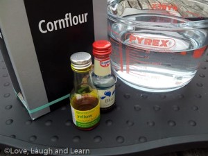 cornflour cornstarch play
