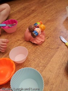 playdough HappyLand people